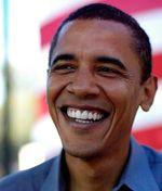 Obama-smiling-flag